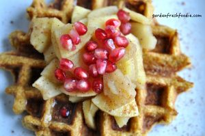 Vegan-Pumpkin-Waffles-With-Apples-1024x680