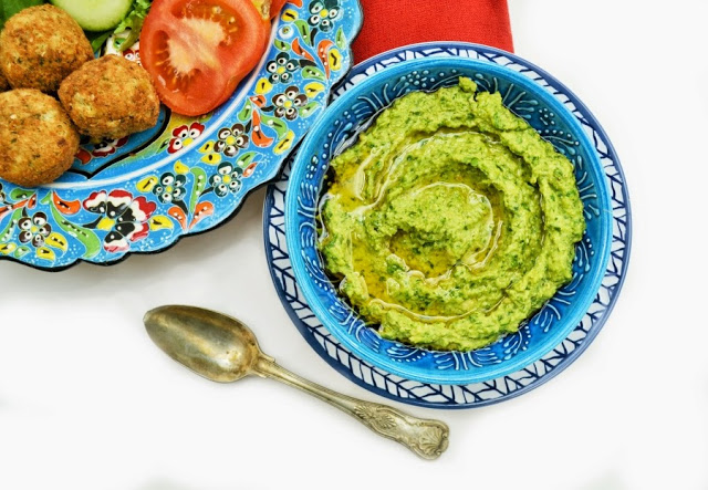 Kale, Coriander and Hemp Hummus