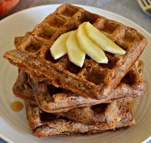 apple-pie-waffles-4